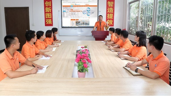 针刺棉厂家「团队风采」奔赴在生产一线的业务精英