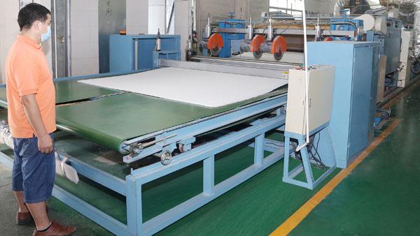无胶棉生产厂家-表面平整,克重均匀
