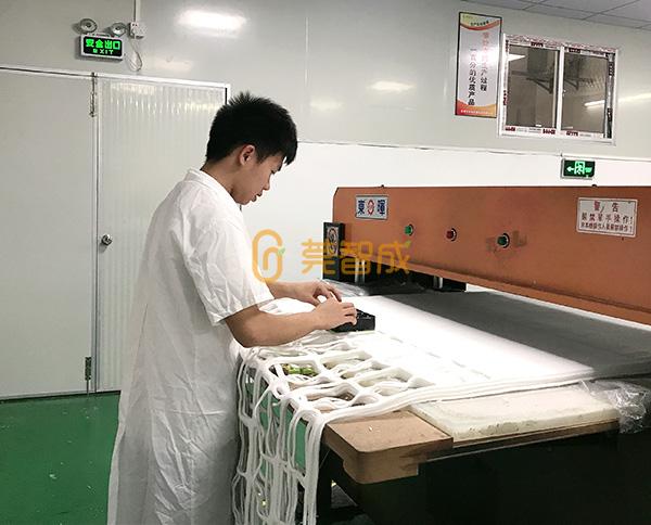 针扎棉生产冲型