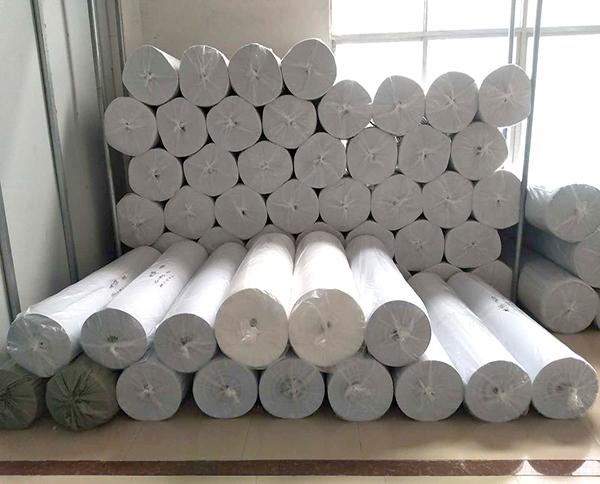 白色针刺无纺布