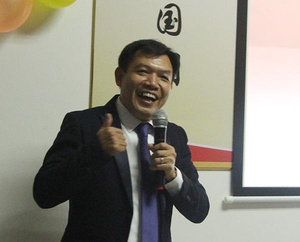 智成纤维总经理吴川鸿