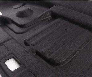 黑色针棉应用于后尾箱