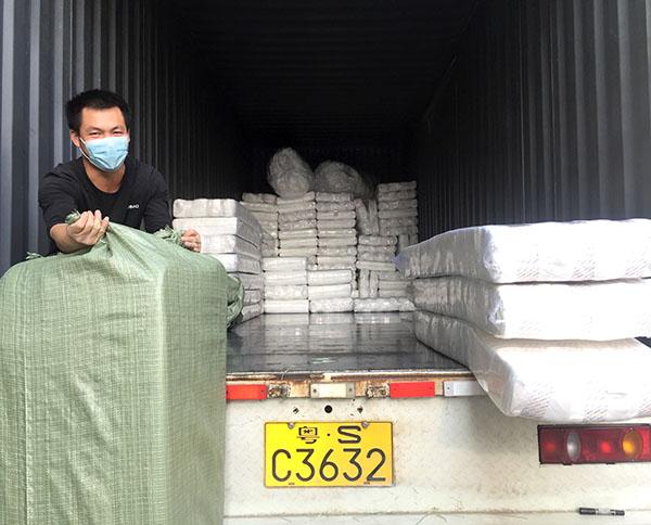 无胶棉生产厂家物流出货