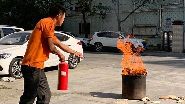 智成纤维开展消防演练,筑劳安全防线