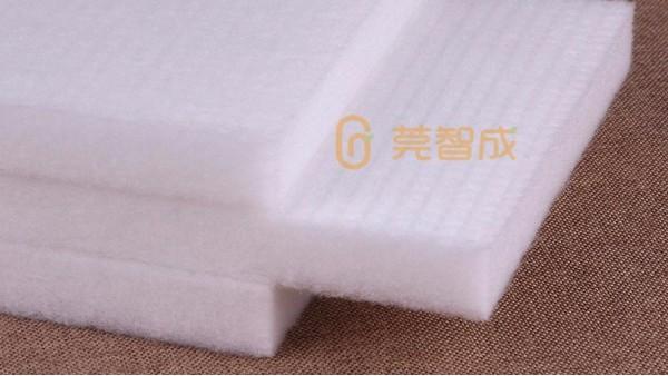 无胶棉生产厂家-给您分析无胶棉与喷胶棉有什么不一样?