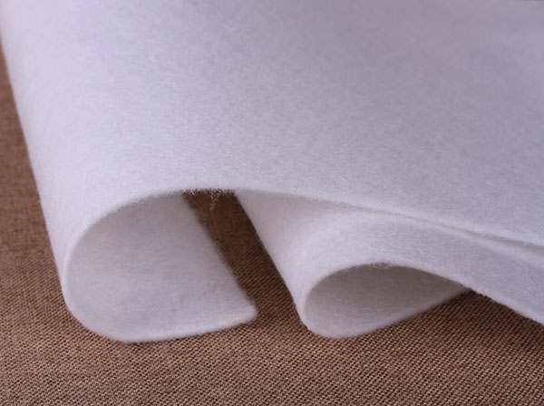 涤纶针刺无纺布