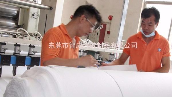 针刺棉厂家介绍五种无纺布的成型工艺