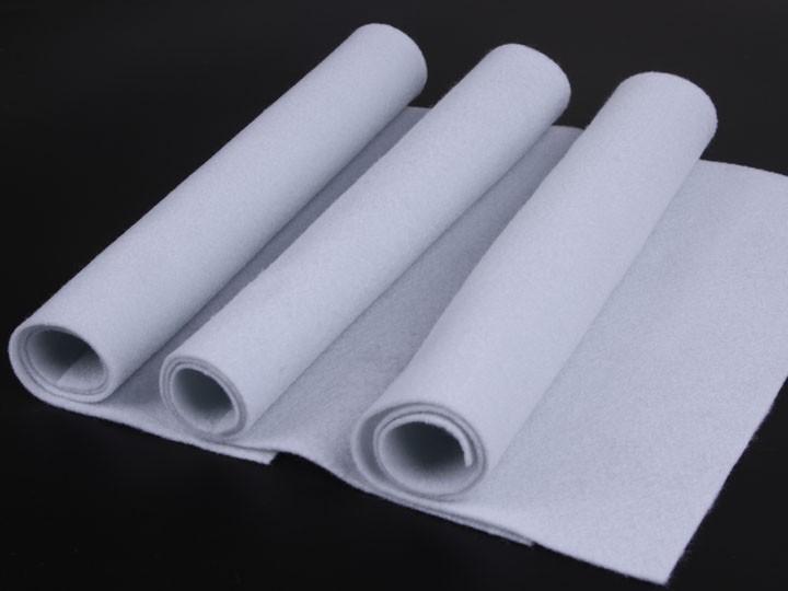 白色针刺棉