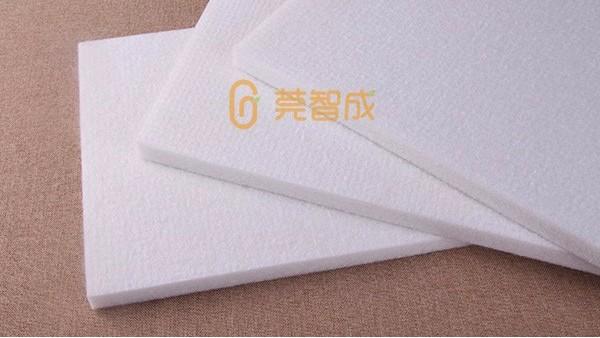无胶棉厂家介绍选择婴儿床垫的4个点