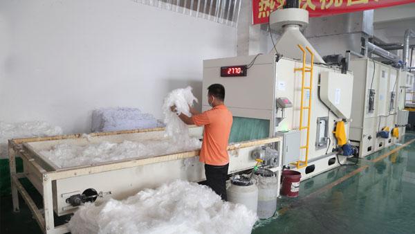 山东无胶棉厂家-每天反馈生产进度