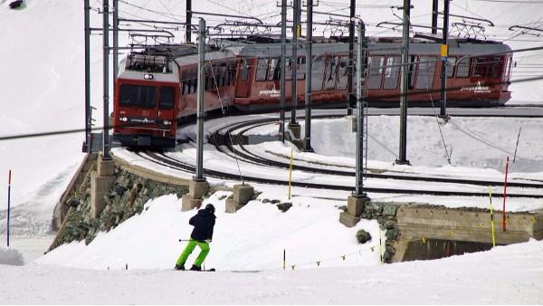暴雪+寒潮夹击,运输费即将暴涨,备货请早!