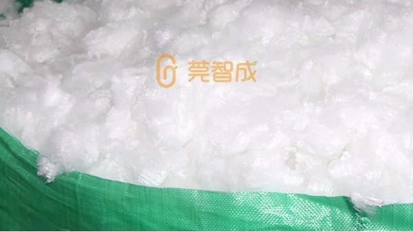 全球纺织事:原料弱势运行,涤纶产销下滑
