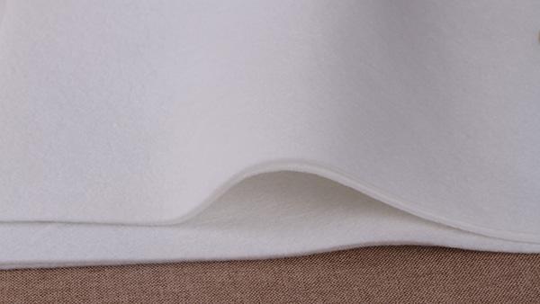 一次性口罩,使用针刺棉无纺布为材料