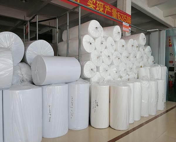 聚酯纤维贴胶针棉仓库